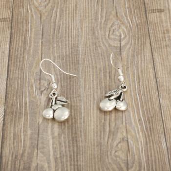 Wisienki - kolczyki wiszące kolor srebrny