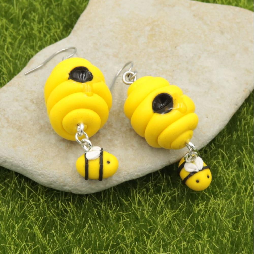 Pszczółki w ulu kolczyki wiszące