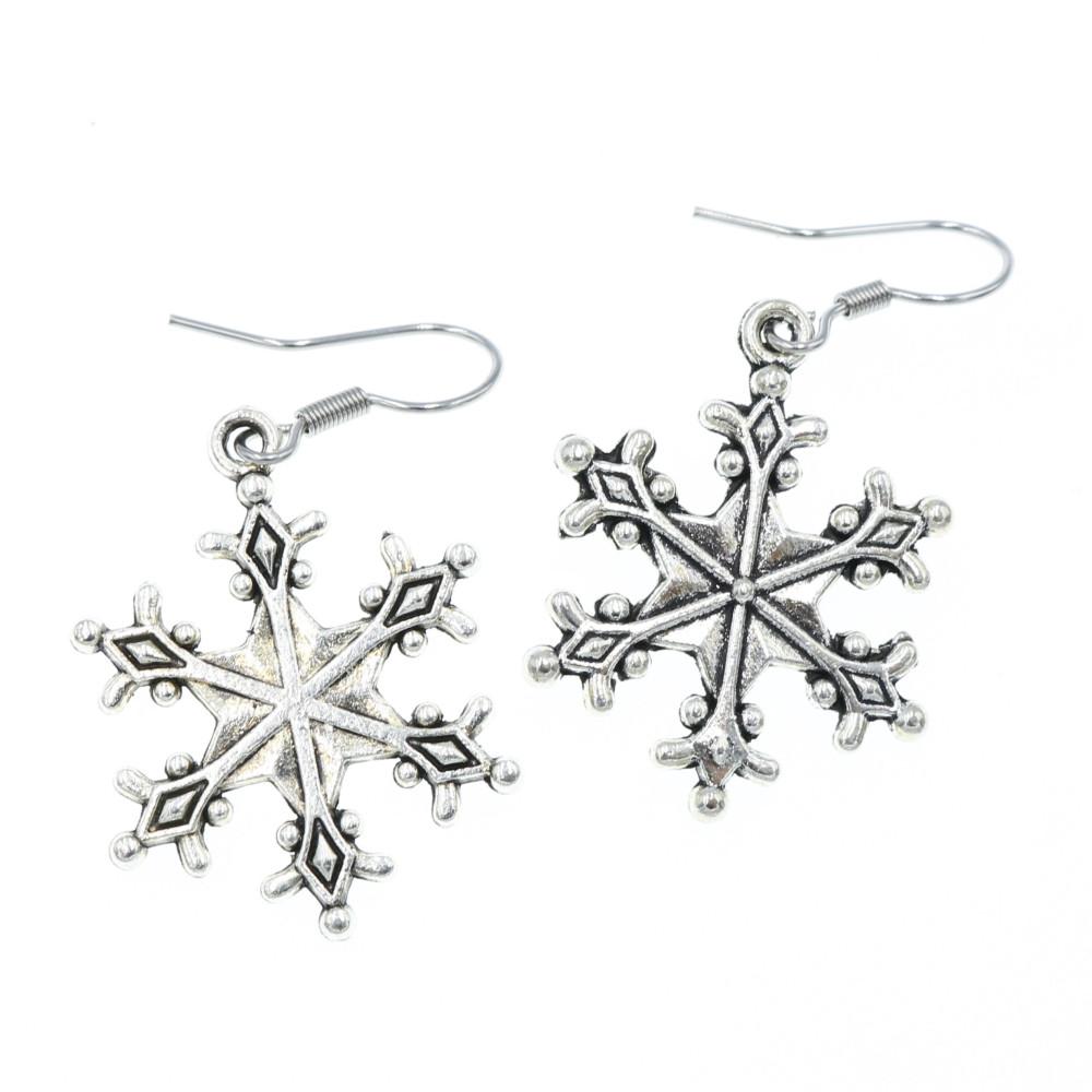 Śnieżki, płatki śniegu 23mm kolczyki wiszące kolor srebrny śniezynki